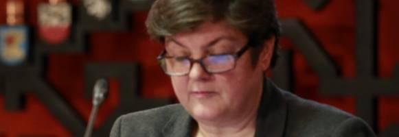 "Julie Bindel: ""La prostituzione cancro sociale"""