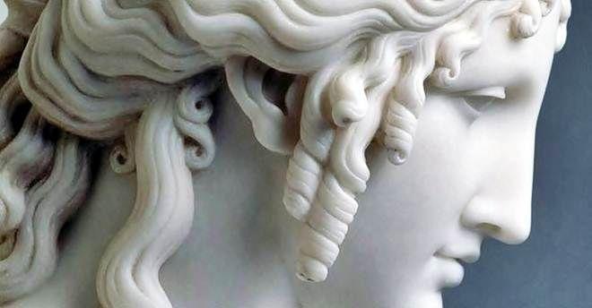 A proposito di Elena – Le origini della femminilità distorta